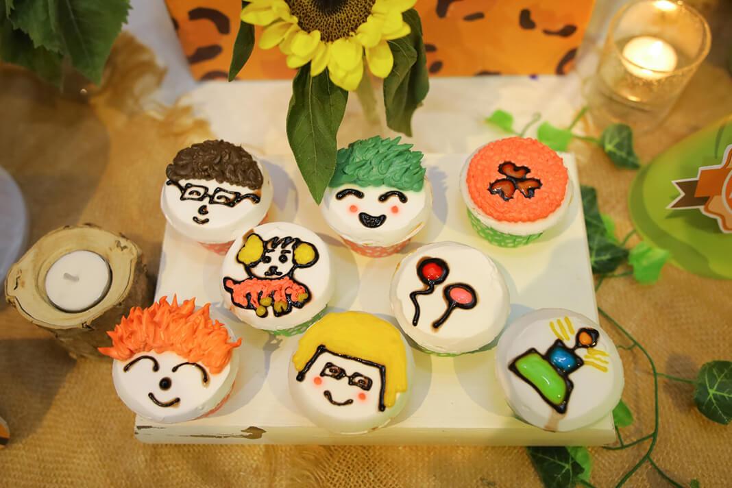 Bánh cupcake sinh nhật bé