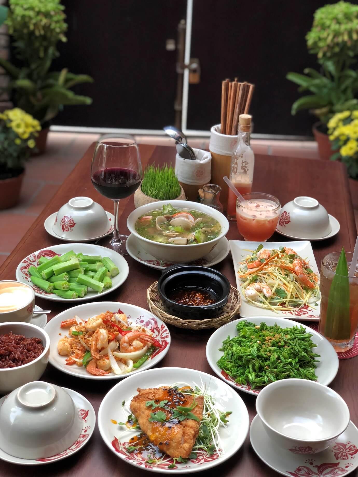 Nhà hàng món Việt ở đâu ngon tại TPHCM