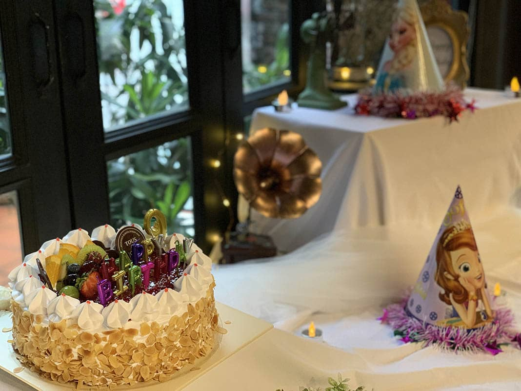Bánh kem sinh nhật sếp