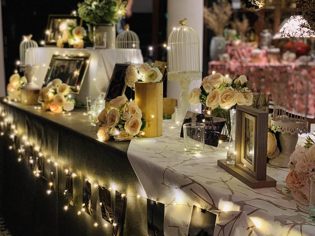 Bàn trang trí tiệc cưới