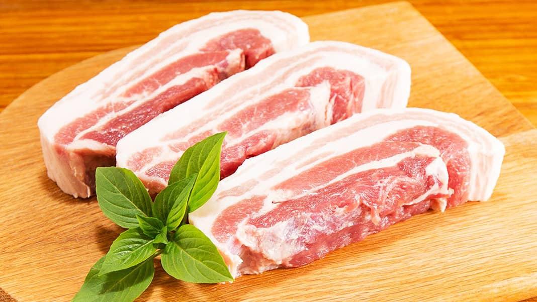 Thịt ba chỉ kho củ cải trắng